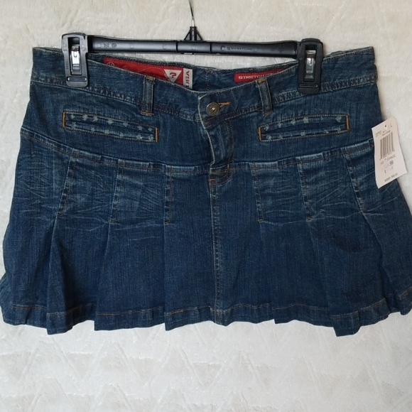 Guess Dresses & Skirts - Early 00 Guess Jean's miniskirt Dark wash distress
